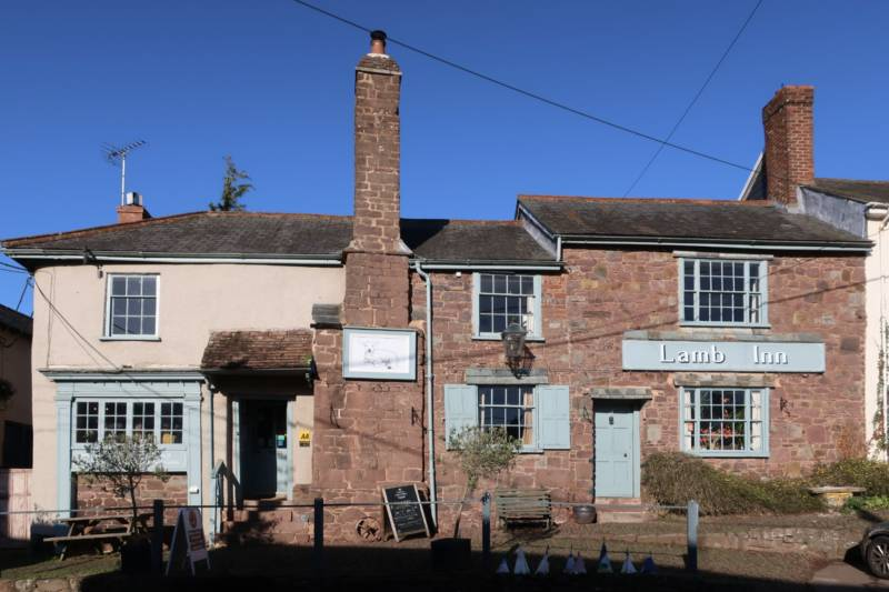 The Lamb Inn The Square Sandford, Crediton, Devon EX17 4LW