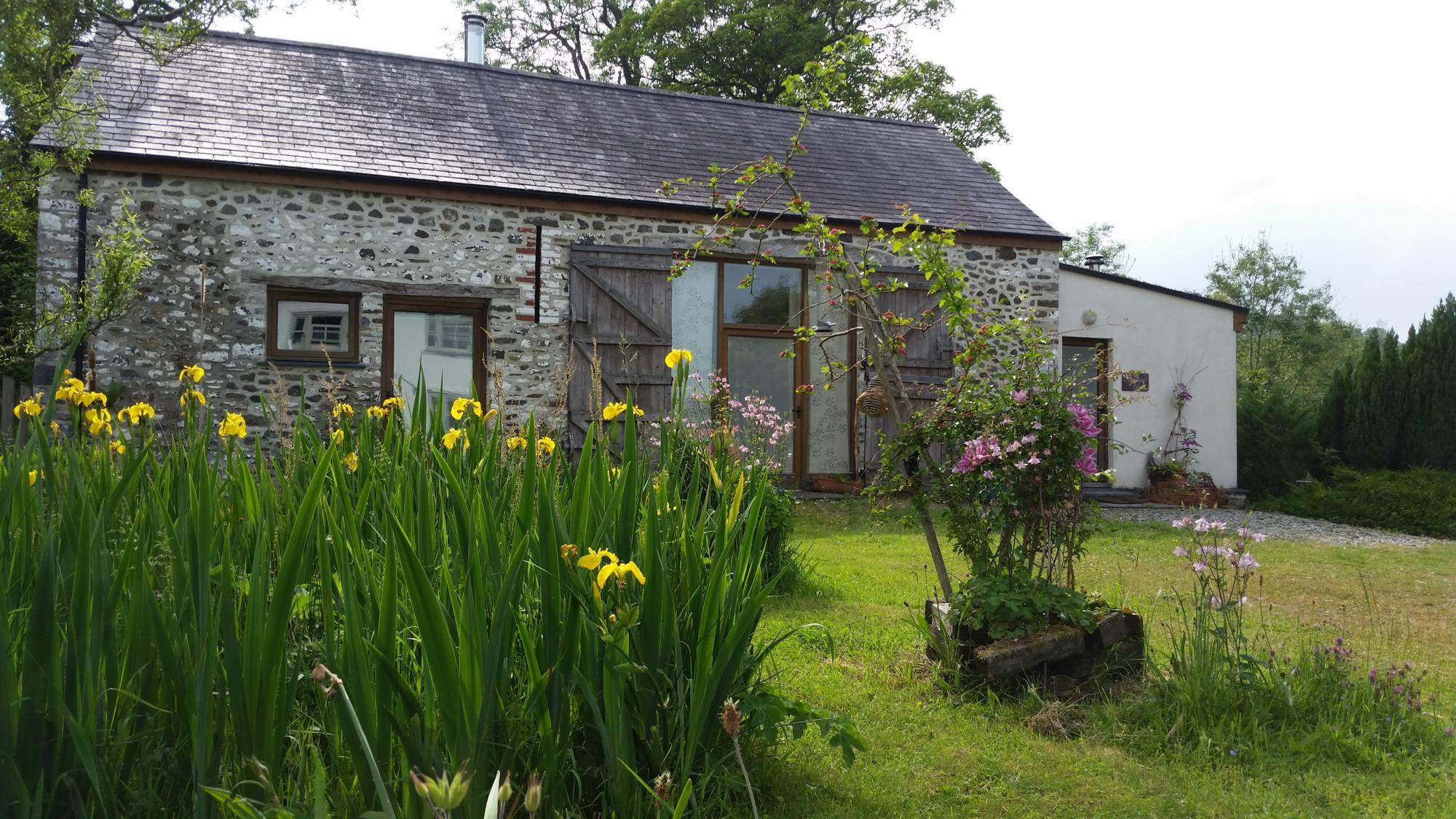 Under Starry Skies Llwynbwch Barn