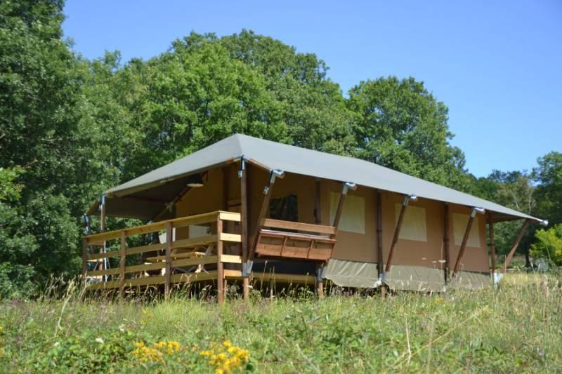 Modern Nomads Lieu-dit Combe de Coulougnac 24210 Thenon France