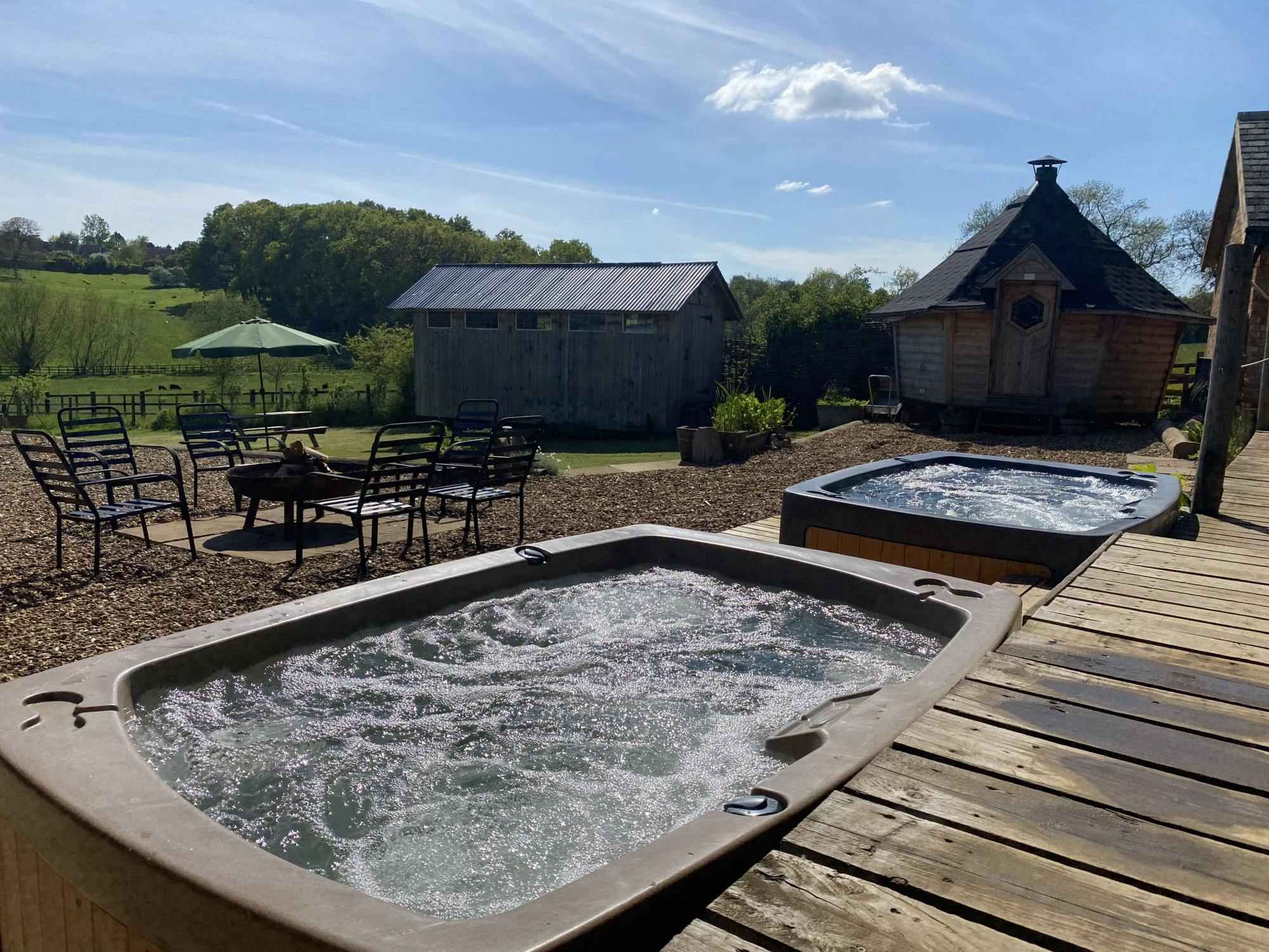 Glamping in Kettering – Cool Camping