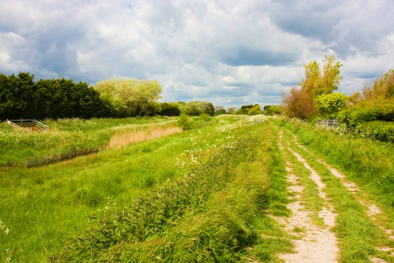 Campervan Hire in Evesham | Motorhome Rental in Evesham, Worcestershire