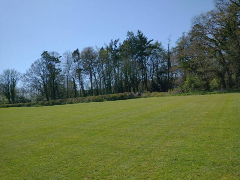 Grass Pitch, Non-Electric, Max 6 people