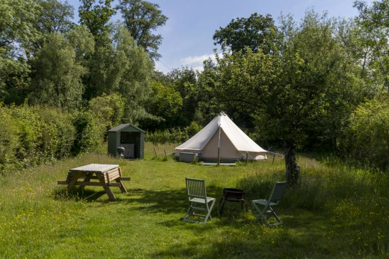By The Red Phone Box Glamping & Camping Brick House, Knighton on Teme, Tenbury Wells, Worcesetershire WR15 8NA