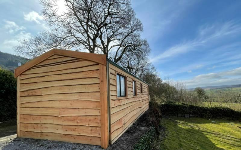 The Shepherd - Luxury Timber Lodge