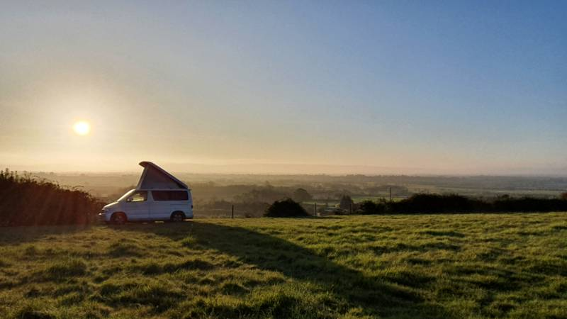Non-electric grass pitch for campervans