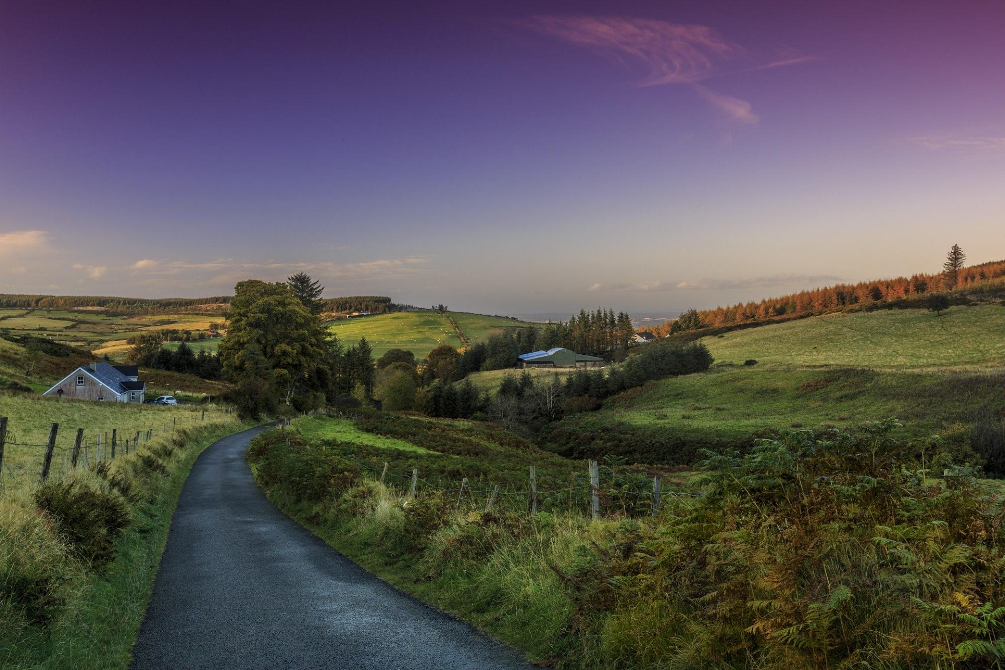 Campervan Hire in Northern Ireland | Motorhome Rental in Northern Ireland, UK