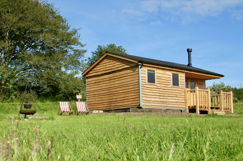 Dormouse Cabin with private facilities