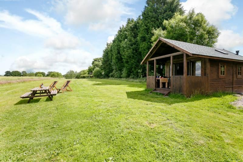 Manor Farm Manor Farm, West Worldham, Alton, Hampshire GU34 3BD