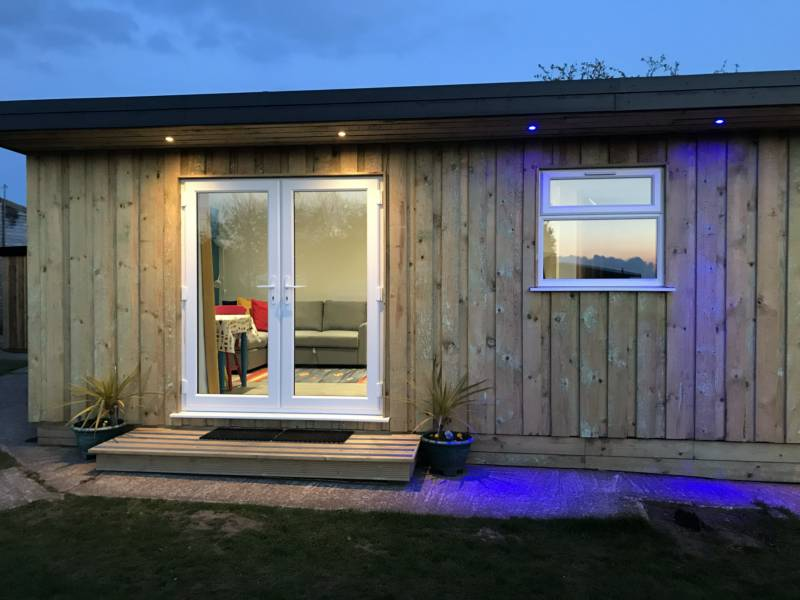 Kingfisher Glamping Cabin