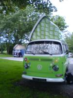 Fleur Rainbow Camper