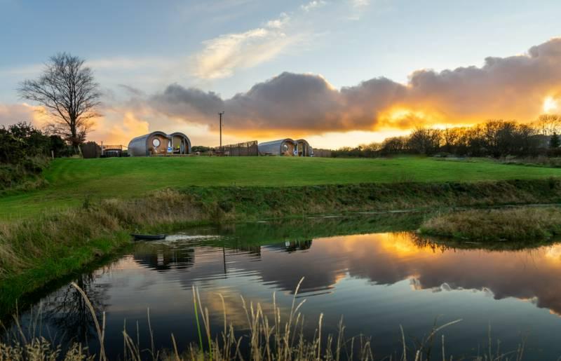 Let's Glamp Retro  Ty Newydd, Capel Cynon, Ffostrasol, Llandysul, Ceredigion SA44 4TH