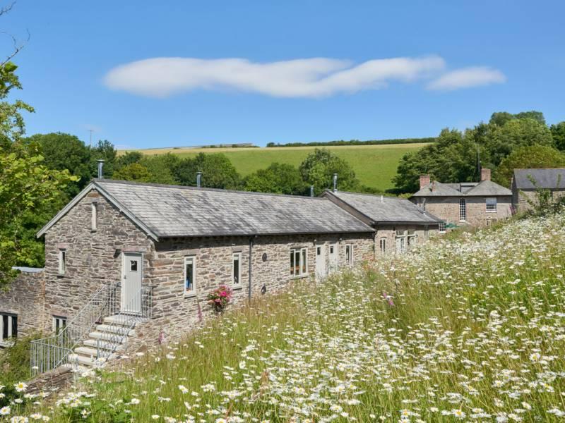 Maristow Cottage Cornworthy, Totnes, Devon TQ9 7HH