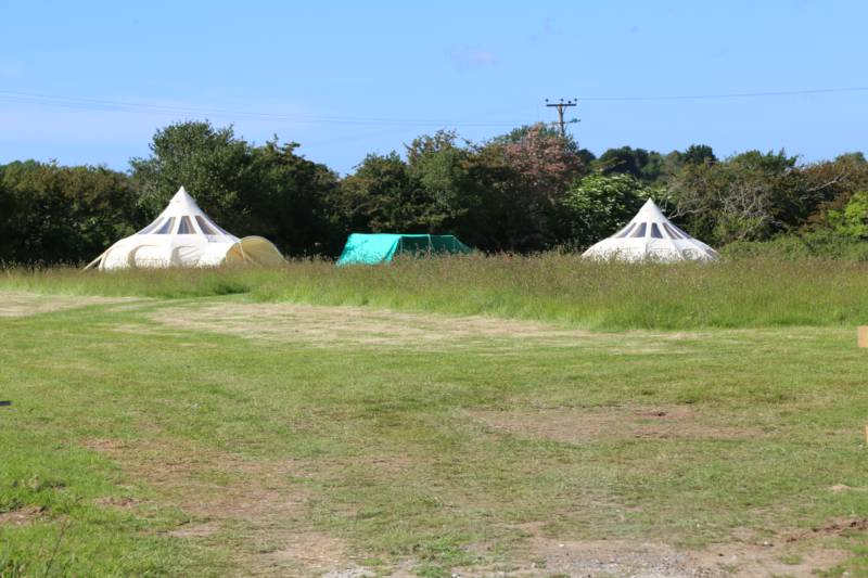Hidden Field Glamping Willow House, Penstraze, Truro, Cornwall TR4 8GB