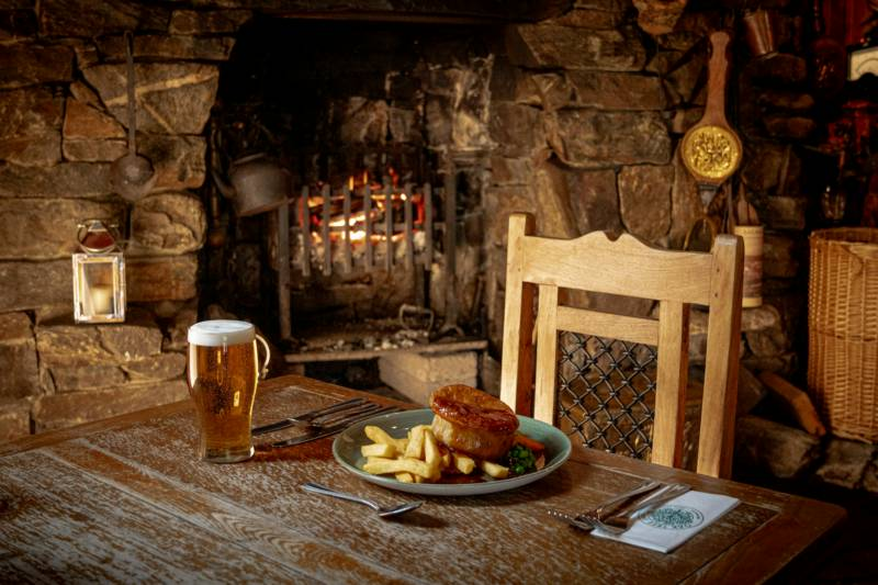 Oak Tree Inn Balmaha, By Loch Lomond, G63 0JQ