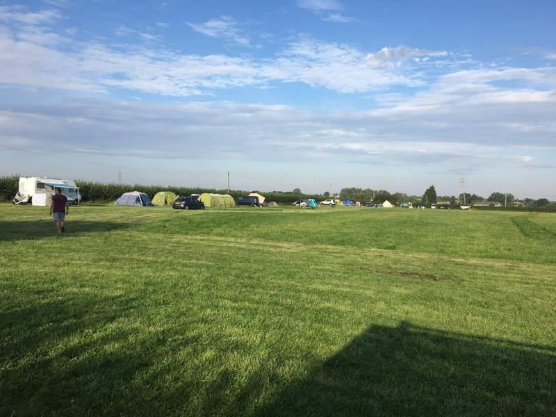 Elmwicke Camping