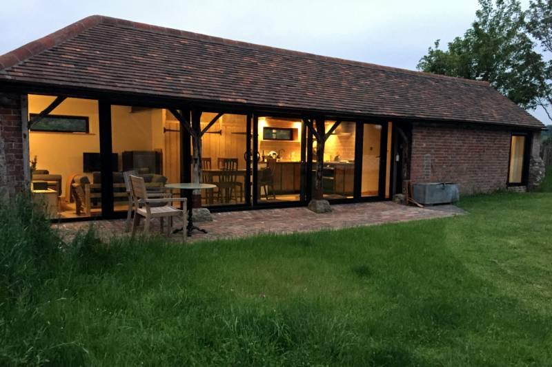 Upper Barn High Titten, Amberley, West Sussex BN18 9LY