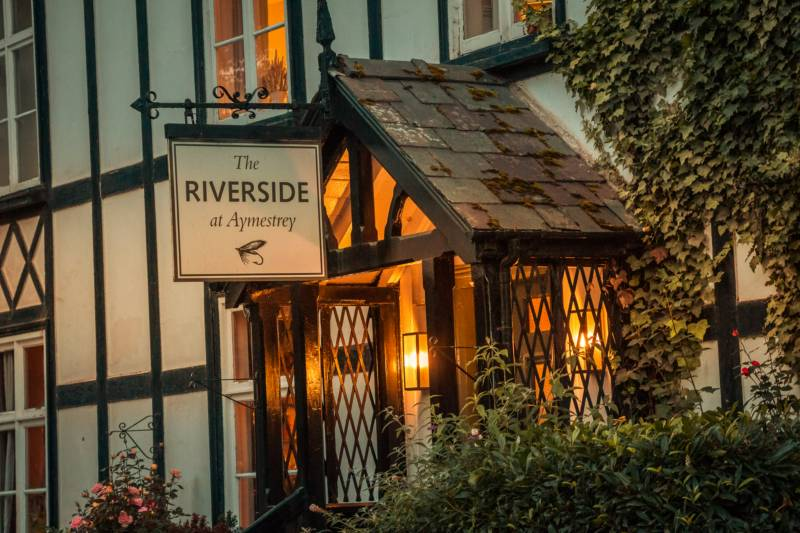 The Riverside at Aymestrey Aymestrey, Herefordshire HR6 9ST
