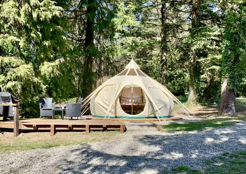 Camping La Source 05140 Saint Pierre D'Argençon, Hautes-Alpes, France