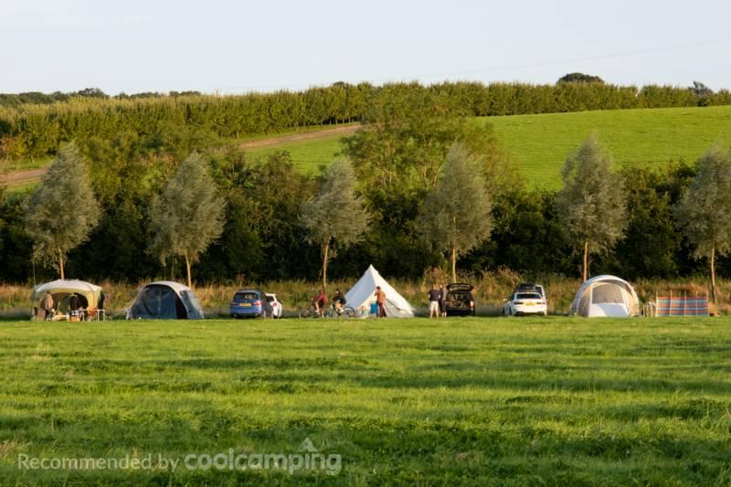 Bodiam Camping Quarry Farm, Bodiam, East Sussex TN32 5RA