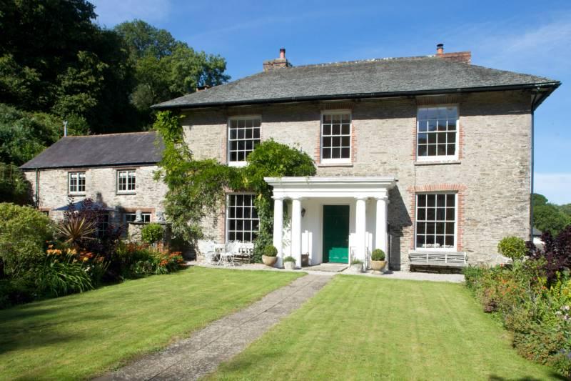 Gitcombe House Cornworthy, Totnes, Devon TQ9 7HH