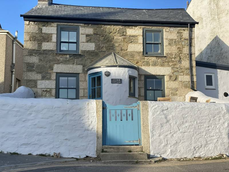 Anchor Cottage Cliff Road, Porthleven, Cornwall TR13 9EZ